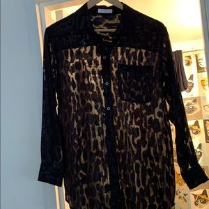 Equipment black leopard blouse